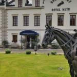 3 věcí, které jste o hradu Karlštejn neslyšeli